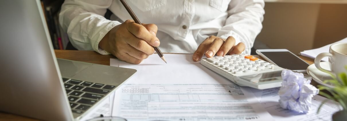 Hiring a Tax Professional - Complete Controller